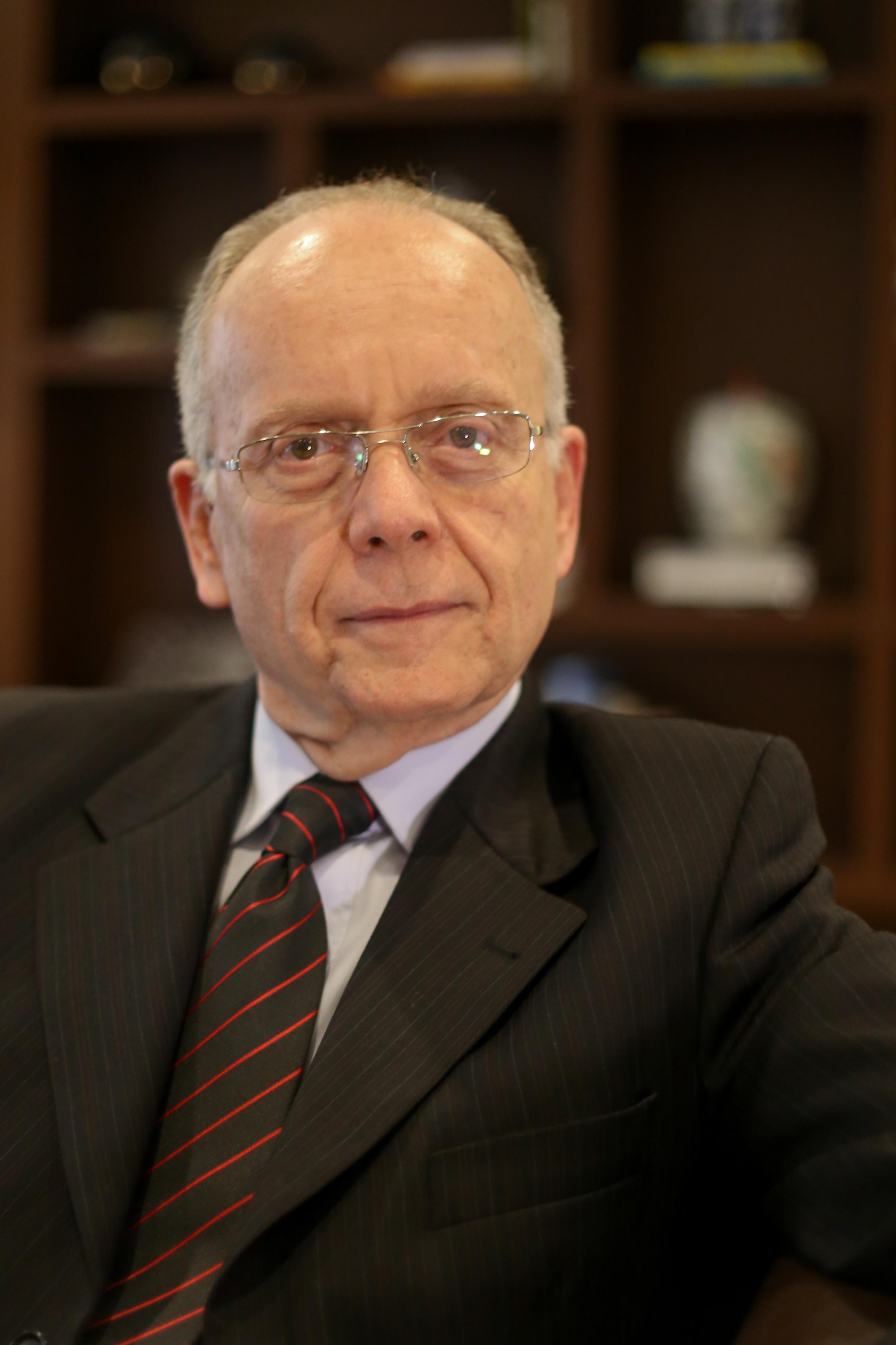 Dr. Paulo Roberto Grimaldi Oliveira